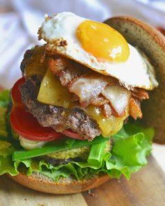 Кето гамбургер - прецепты из говяжьего фарша.