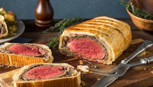 один из лучших кето рецептов для обеда это мясо Веллингтон