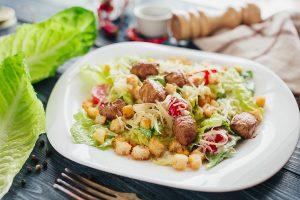 салат цезарь лучший кето рецепт для диеты