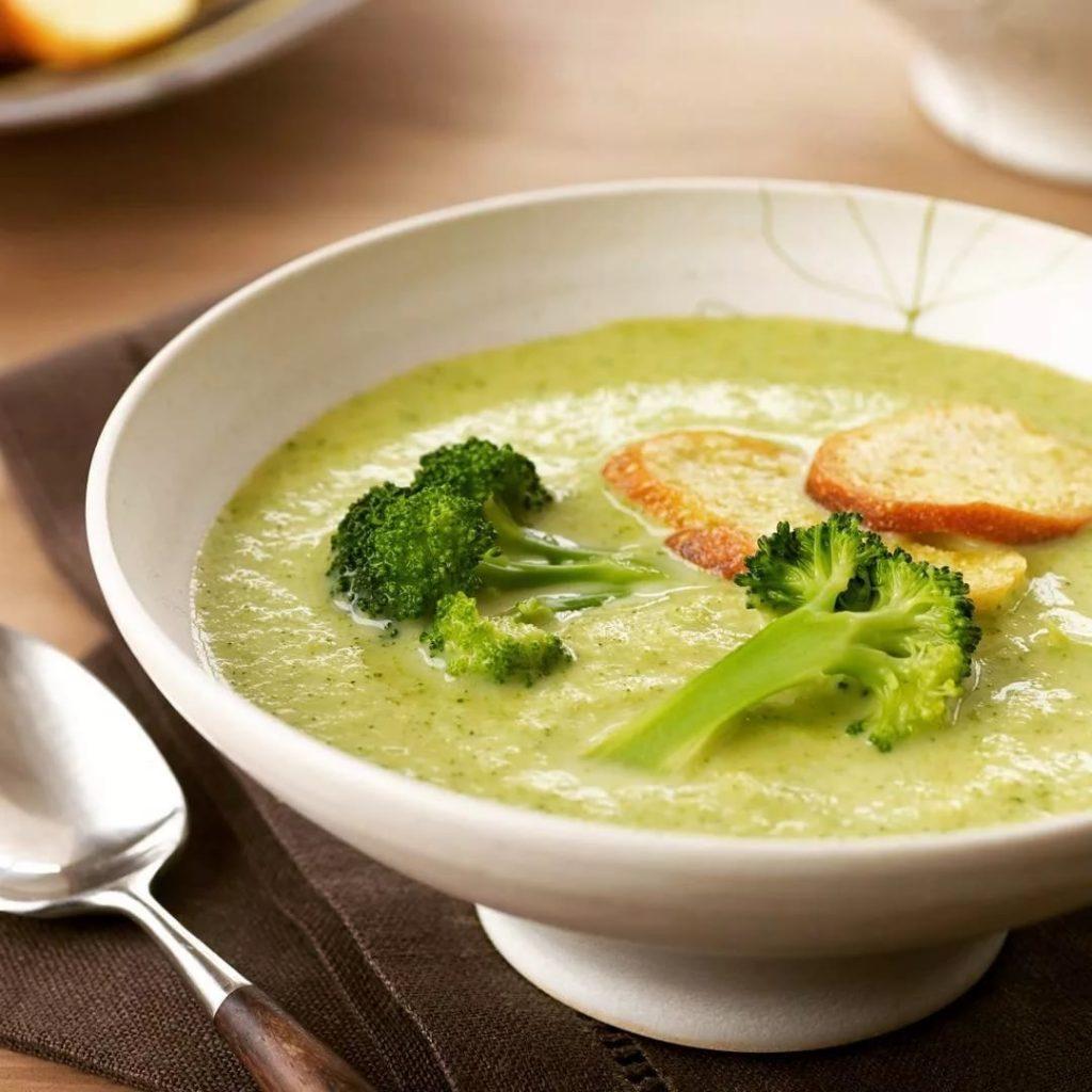 Кето-суп с брокколи: 2 полезных рецепта