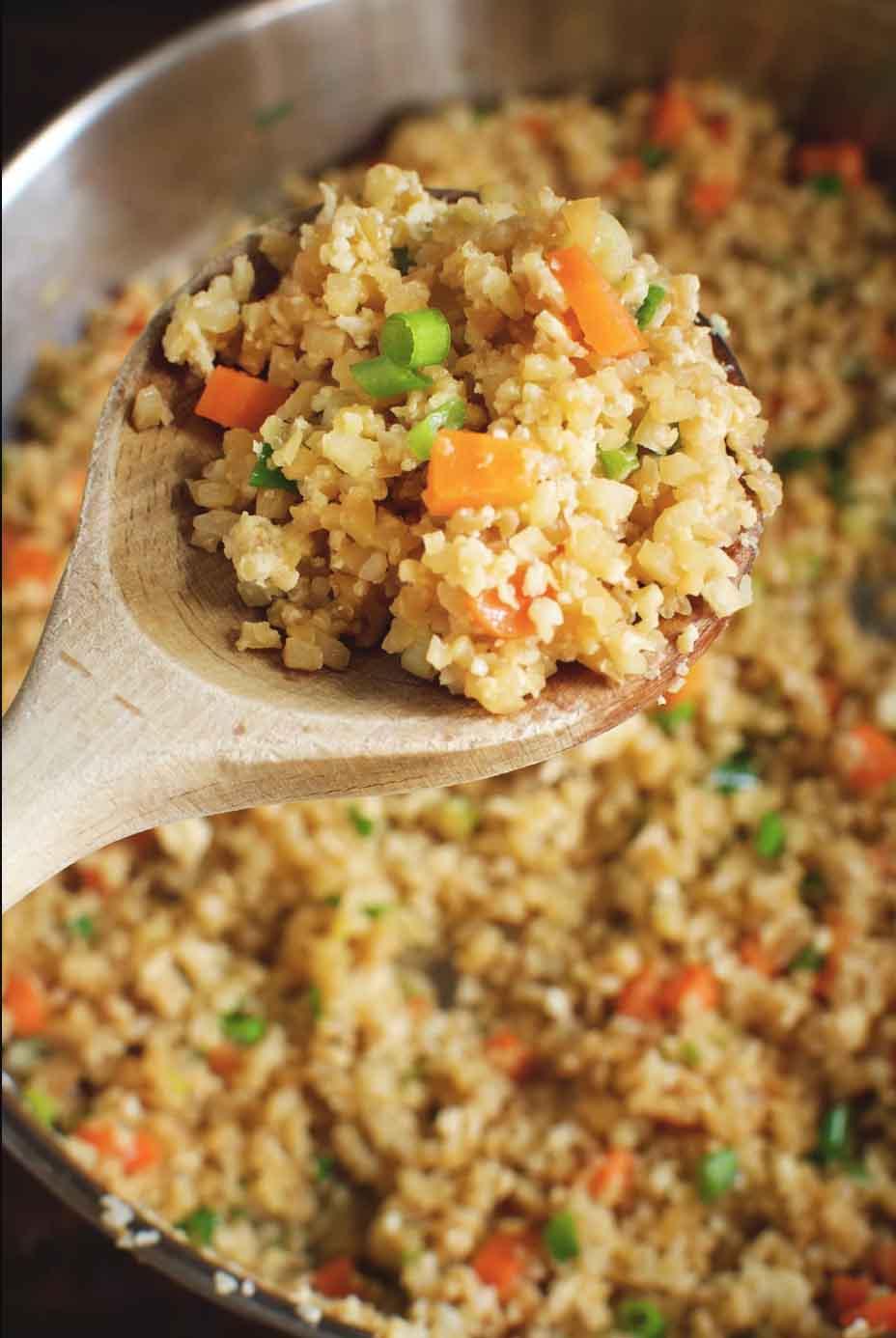 Кето рис из цветной капусты. Простой рецепт на любой случай