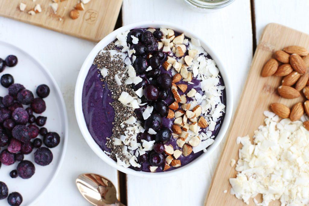 Кето смузи боул — яркие летние рецепты