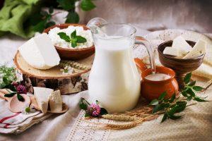 Здоровое питание на кето диете не включает в себя многие молочные продукты