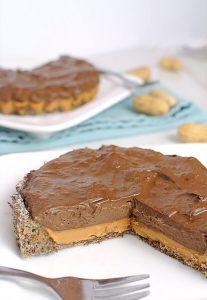 шоколадный пирог с арахисовой пастой