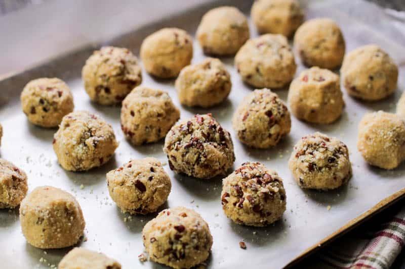 Что такое жирные бомбы на кето диете и как их готовить? Ингредиенты, основа и советы. 3 простых рецепта для худеющих