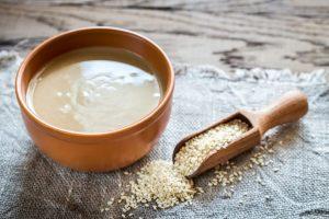 арабский кунжутный кето соус из тахини