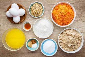 ингредиенты, чтобы приготовить диетически морковный торт