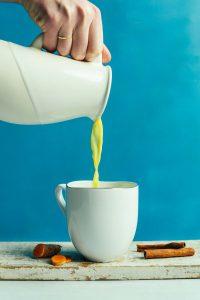 Теперь пью золотое молоко каждый день и здорова как бык!