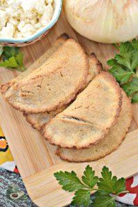Кето пирожки с мясом – 2 универсальных рецепта кето теста для пирожков