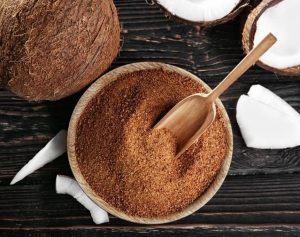 Кокосовый сахар - запрещенный кето подсластитель.
