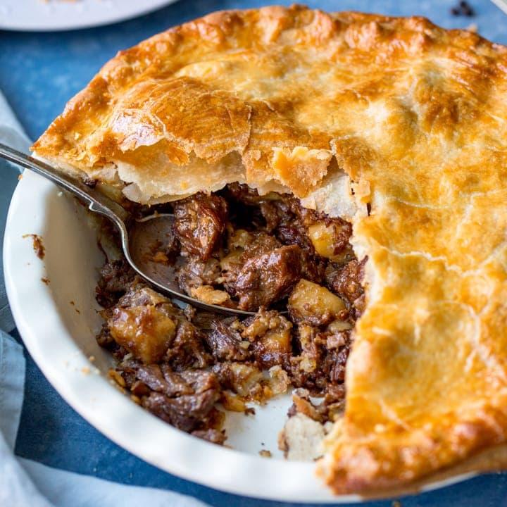 Кето пирог с мясом — рецепты мясных пирогов. Настоящие жировые бомбы!